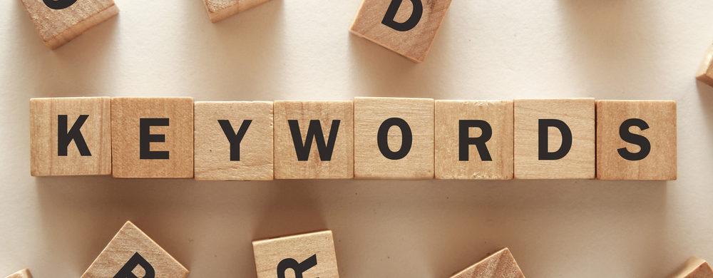 vylučovcie kľúčové slová